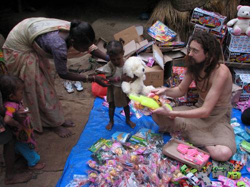 Toys for the Children of Randiya